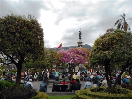 Plaza de la Independencia, monument of independence. The prettiest plaza by far, not many of the big cities we have visited have many or any trees or flowers or plants.
