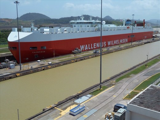 Water being emptied from the lock and the ship descending. It was coming from Gatun Lake out to the Pacific Ocean (lower water level).