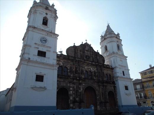 Casco Viejo (Panama old town). Catedral Metropolitana.