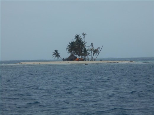 There are literally thousands of these little islands, this one amused us, only big enough for 1 hut and a visitor