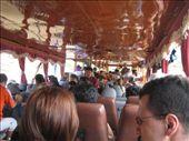 Baaten var full av turister og lokale pendlere: by jornsalve, Views[214]
