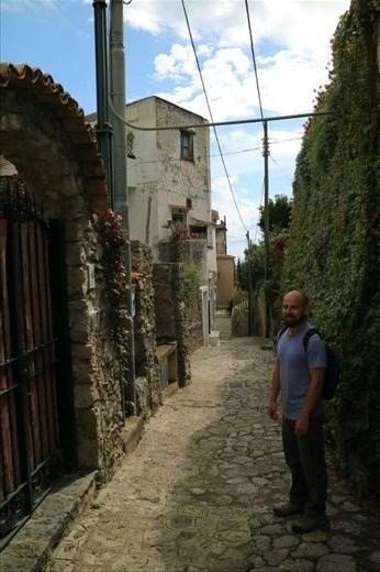 Walking from Minori to Amalfi