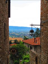 The view between buildings in Assisi: by joyjoy, Views[288]