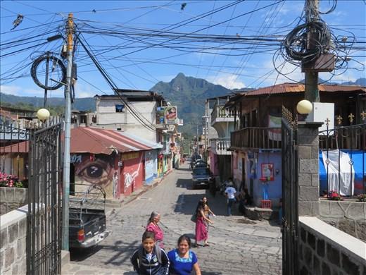 San Pedro La Laguna - streetscape