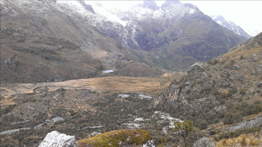 View of hike area down from Laguna 69