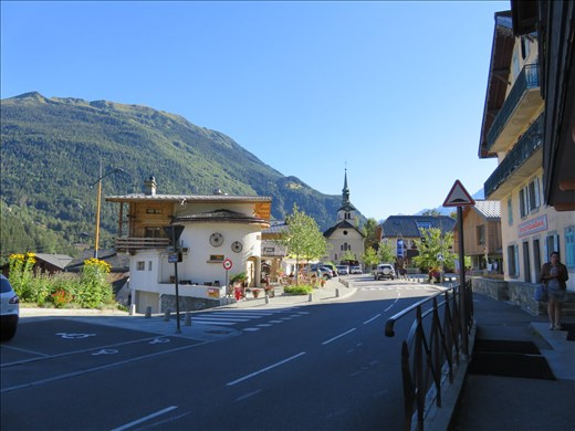 Les Houches - streetscape