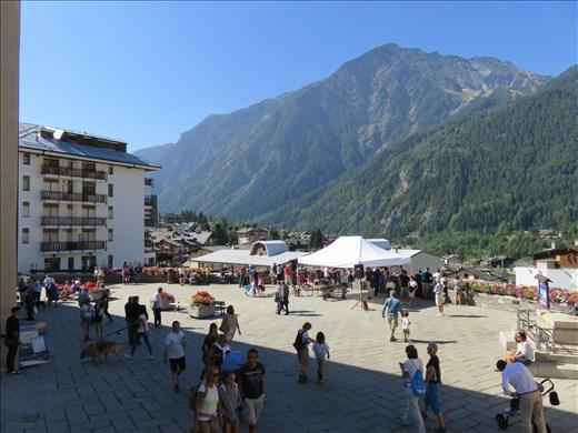 Town piazza - Courmayeur