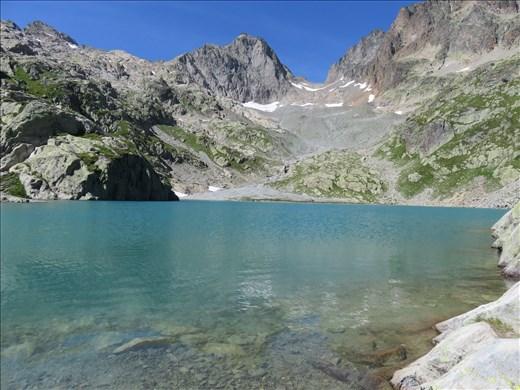 Second lake feeding into Lac Blanc