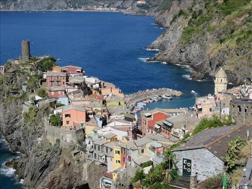 Vernazza - approaching it after 1 &1/4hrs walk from Corniglia