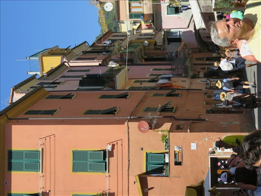 Monterosso - strretscape
