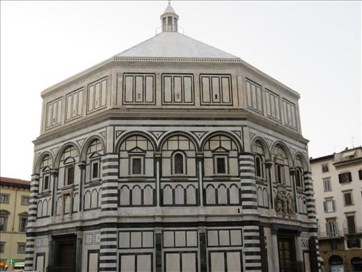 Florence - Baptistery beside Duomo