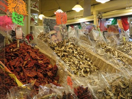 Florence - inside central market