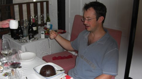 I'm a Twisted Fire Starter.......Matthew attempts to cremate the M&S Christmas pudding