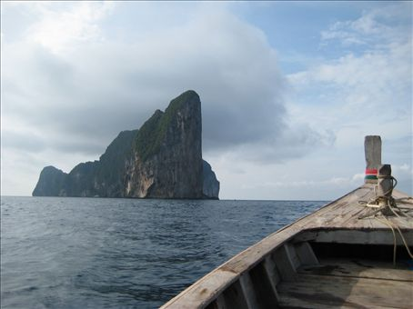 Koh Phi Phi Leh, from a longtail boat