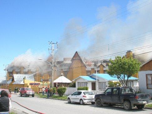 Hotel en llamas en Puerto Natales