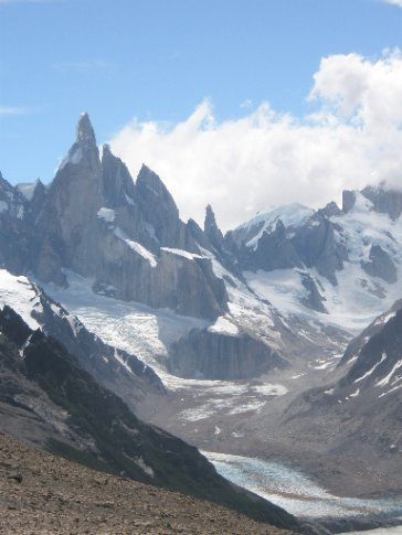 Cerro Torre desde Loma del Pliegue Tumbado, el Chaltén (Argentina)
