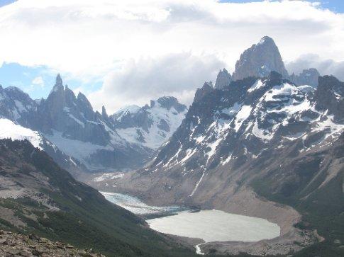 El valle desde la Loma del Pliegue Tumbado, el Chaltén (Argentina)