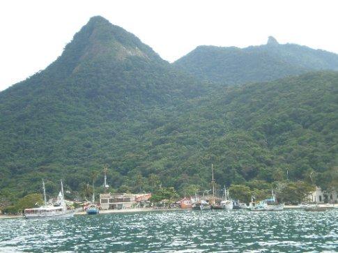 Vistas de Ilha Grande desde el barco