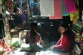 Jugando con la luz en el mercado de Chichi: by k-lero, Views[470]