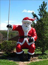 Constipated Santa Claus in Santa Claus, IN: by kaitlynfaebarrett, Views[182]