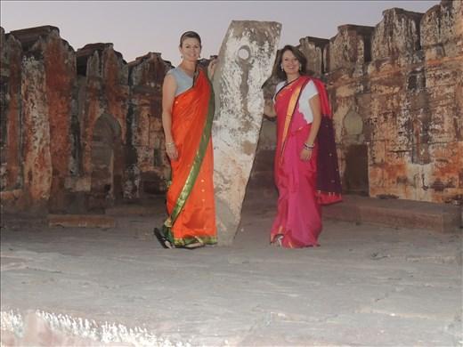 Karen and Cheri go to Bollywood