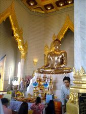 The Golden Buddha, Wat Traimi Temple: by katesyearinthailand, Views[468]