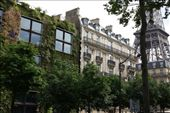 Paris, the Old & the New. Quai Branly Museum next to the Seine.: by kathryn_hendy_ekers, Views[205]