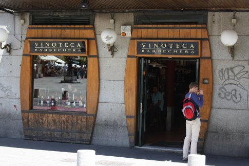 Tapas bar Madrid, Plaza de les angles.
