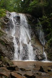 The waterfall that took an hour treck through the jungle to got to!! Well worth it!!!: by kayleighandhanna, Views[187]