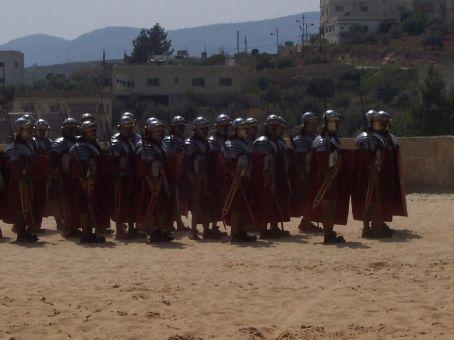 roman chariot and infantry display at Jerash
