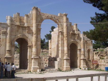 Jerash, entrance