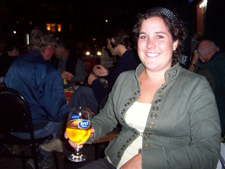 last night in Istanbul, drinking at the backpacker bar