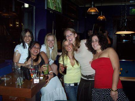Bella, Kristine, Bridgett, Rachel, Anndrea and me at the Island