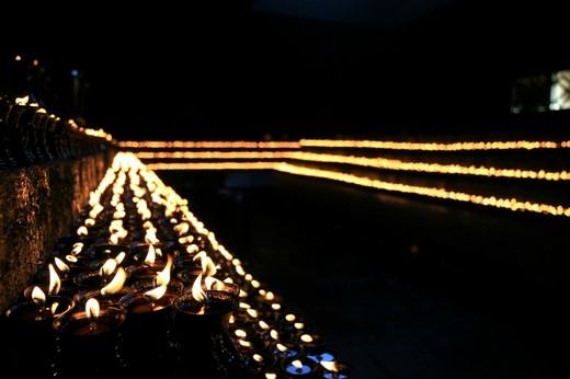 The Ever-lasting Oil Lamp in Tibet