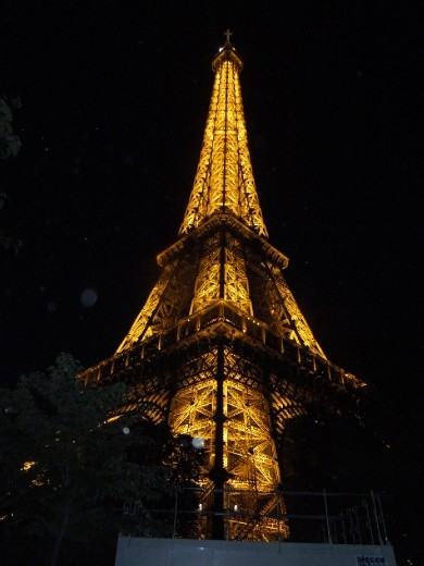 The Eiffel Tower at night...so lovely!