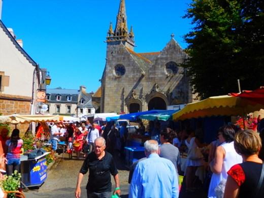 Plestin Market