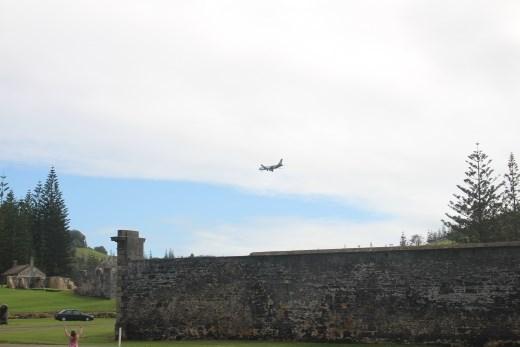 Air NZ plane flies in!