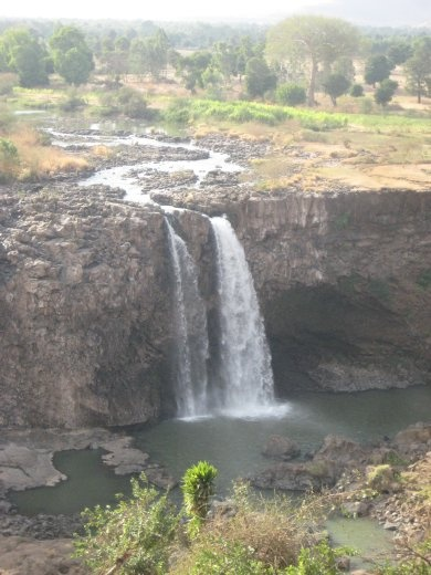 Blue Nile falls (localy known as Tisabay)...not in the rainy season.