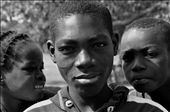 Here is Amos with two of his siblings. They are 7 children in his familly. The youth population proportion in Senegal as in any African country, is higher than anywhere else in the world.: by koad, Views[138]