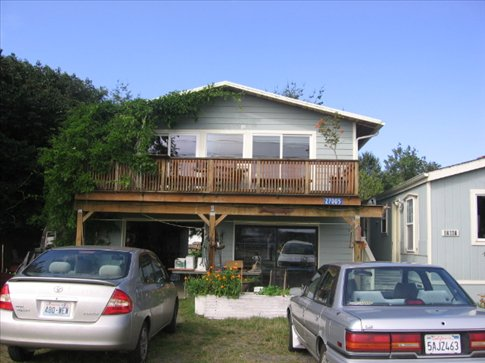 Sandy and Larry's home in Nahcotta, Washington
