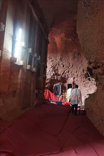 Passage behind Bet Abba Libanos