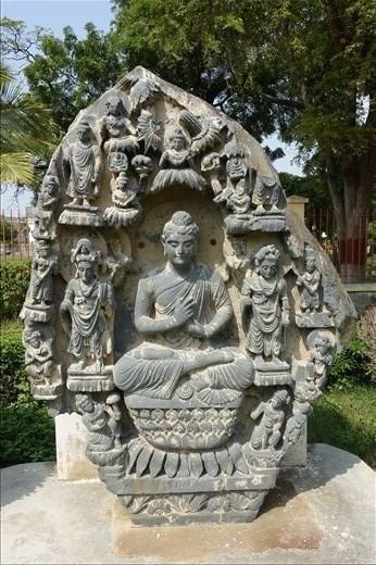 Gandharan Buddha, Karachi Museum