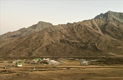 Shandur Polo Field, 4100 m.
