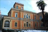 Our hostel building.  Said to be the most beautiful of the Hosteling International youth hostels.: by larasumera, Views[216]