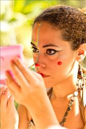 The background. A girl making up for a cultural presentation at a park in Niterói, Rio de Janeiro.: by larissapereira, Views[133]