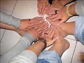Gjengen har vore på manikyr og pedikyr. Oppvartning te tusen!: by las_chicas_blancas, Views[5141]