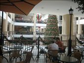 the mall, centro commerical in guayaquil.. just like home!: by ldeutch, Views[529]