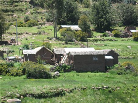 houses around Llachon, lake titicaca