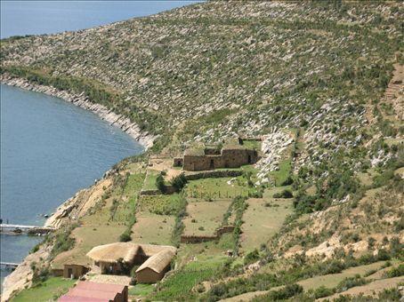 temple of the sun, south end, isla del sol