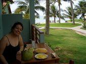 Cafe da manha na varanda do quarto e a praia logo ali!: by leo, Views[568]